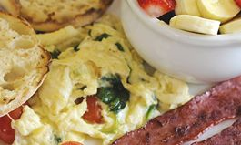 Healthy Eating at Denny's During the Holidays with HealthyDiningFinder.com