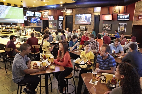 Buffalo Wild Wings Introduces New 15-Minute Lunch Guarantee