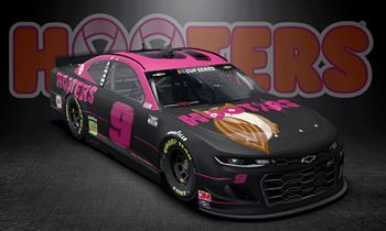 Chase Elliott to Run Special 'Give A Hoot' Paint Scheme in Support of Breast Cancer Awareness Month