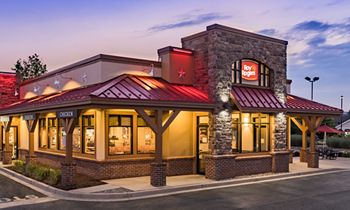 Roy Rogers Expands Off-Premise Dining