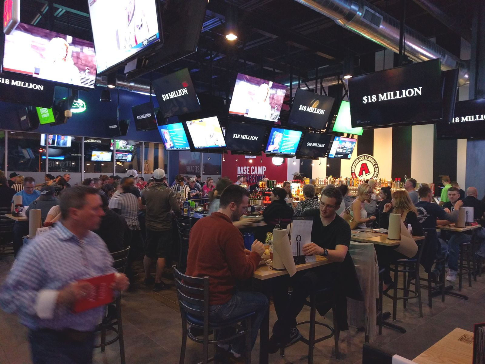 Arooga's Grille House & Sports Bar to Reopen Two New England Franchise Locations Under New Ownership