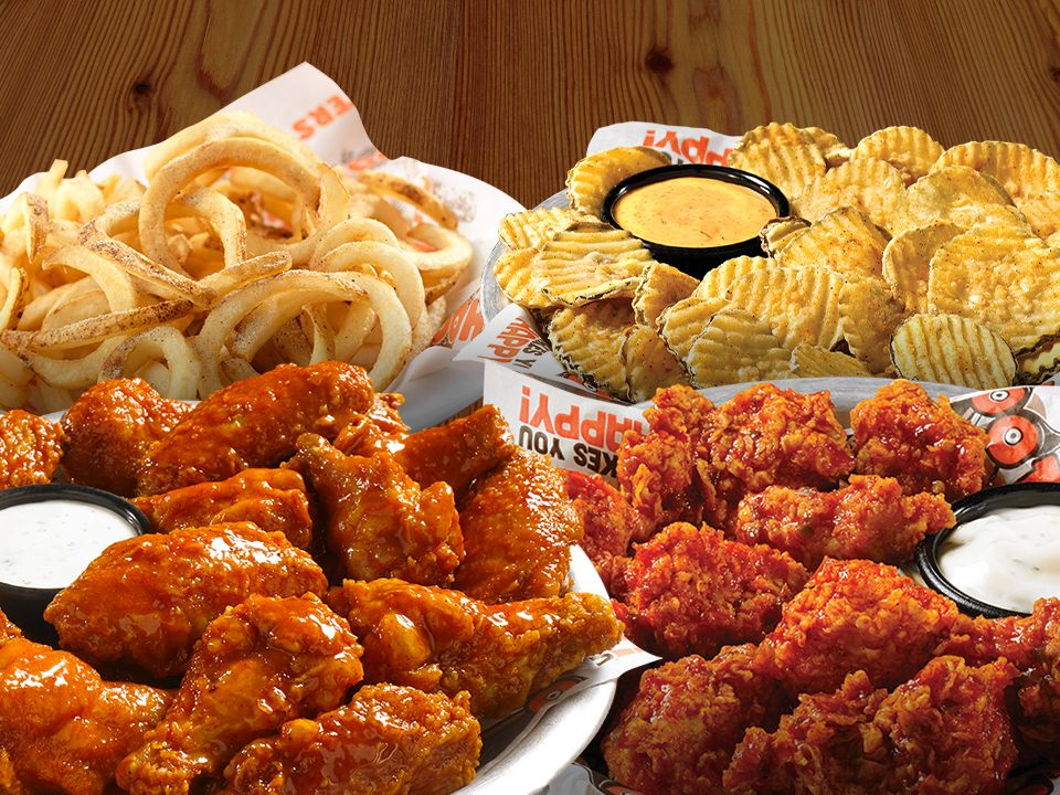 Score Big and Pre-Order with Hooters Ahead of Game Day