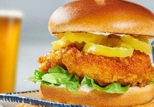 Red Lobster Releases NEW Nashville Hot Chicken Sandwich & 'Codzilla' Sandwich