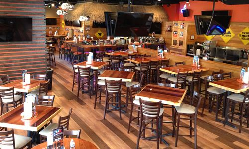 Hooters of Fresh Meadows Reopens with New Contemporary Design
