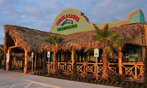 New Family Owned And Operated Mexican Seafood Restaurant Opens In Houston's Suburb