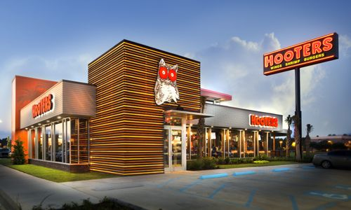 Hooters Spreads its Wings with Development Agreement in Thailand, New International Restaurants