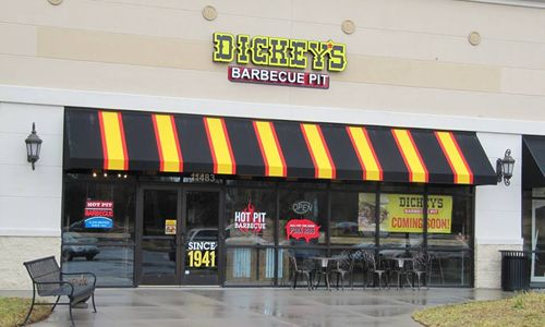 Giddy Up Knoxville! Air Force Veteran Opens Dickey's Barbecue Pit Thursday
