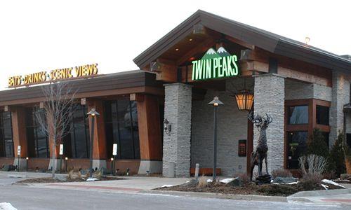Twin Peaks Restaurants Salute Veterans with Exclusive Veterans Day Menu