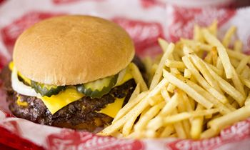 Freddy's Frozen Custard & Steakburgers Enters Nontraditional Space with Five Locations