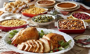 "Celebrating 50 Years of ""Pleasing People,"" Cracker Barrel Old Country Store Offers Options to Make This Thanksgiving More Relaxing"