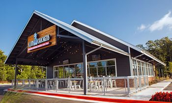 Slim Chickens Gears Up for May 20 Opening in Searcy, AR