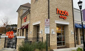 Hoots Wings Takes Flight with Announcement of Franchise Opportunity