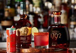 Twin Peaks Elevates Bar Experience with New Beverage Menu