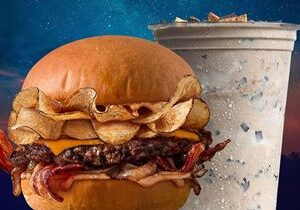 """MOOYAH Burgers, Fries & Shakes Brings Back Fan-Favorite Campfire Burger and S'mores Shake for """"Camp MOOYAH"""" Summer Celebration"""