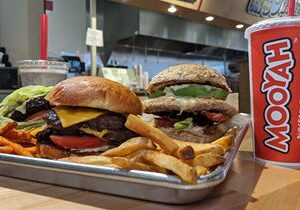 Restaurant Industry Veterans from Chili's, Raising Cane's and Uncle Julio's Opening Abilene's First MOOYAH Burgers, Fries & Shakes