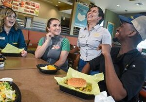 Farmer Boys To Raise Minimum Wage at California Company-Owned Restaurants to $15
